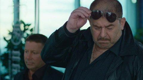 Как я стал русским 1 сезон 14 серия, кадр 6