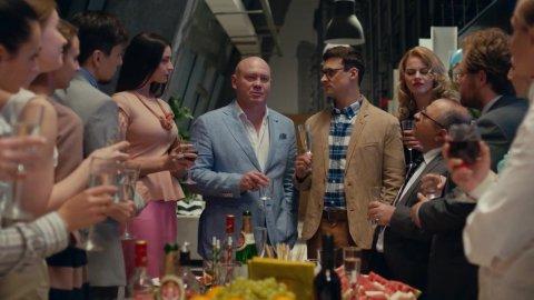 Как я стал русским 1 сезон 19 серия, кадр 14