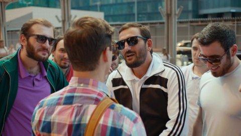 Как я стал русским 1 сезон 7 серия, кадр 30