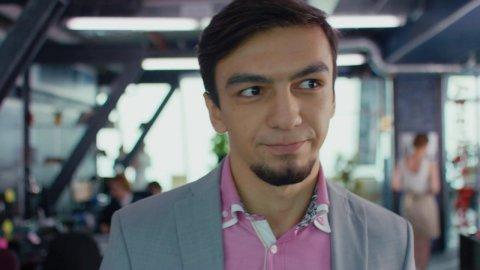Как я стал русским 1 сезон 8 серия, кадр 2