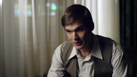 Карина Красная 1 сезон 8 серия, кадр 3