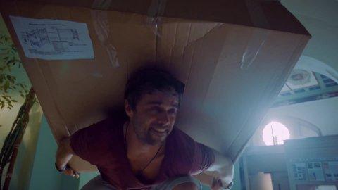 Крыша мира 1 сезон 3 серия, кадр 12