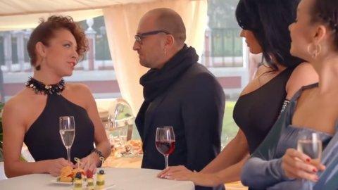 Кухня 1 сезон 14 серия, кадр 2