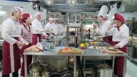 Кухня 2 сезон 11 серия, кадр 3