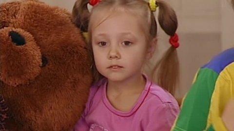 Папины дочки 1 сезон 13 серия