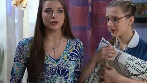Папины дочки 16 сезон 1 серия