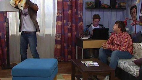 Папины дочки 16 сезон 11 серия, кадр 2