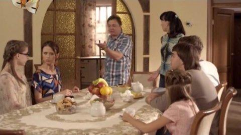 Папины дочки 19 сезон 1 серия, кадр 6