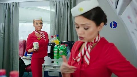 Улётный экипаж 1 сезон 11 серия, кадр 3