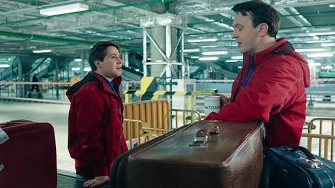 Улётный экипаж 1 сезон 8 серия, кадр 2