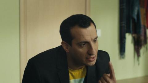 Универ. Новая общага 3 сезон 53 серия, кадр 3