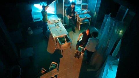Выжить после 1 сезон 1 серия, кадр 11